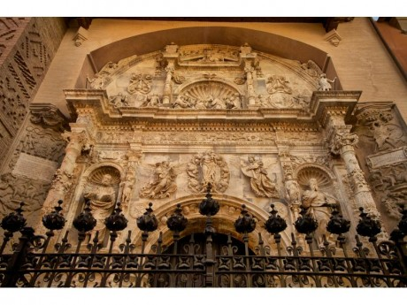 Portada de Santa María la Mayor (Fotografía Juan José Ceamanos)