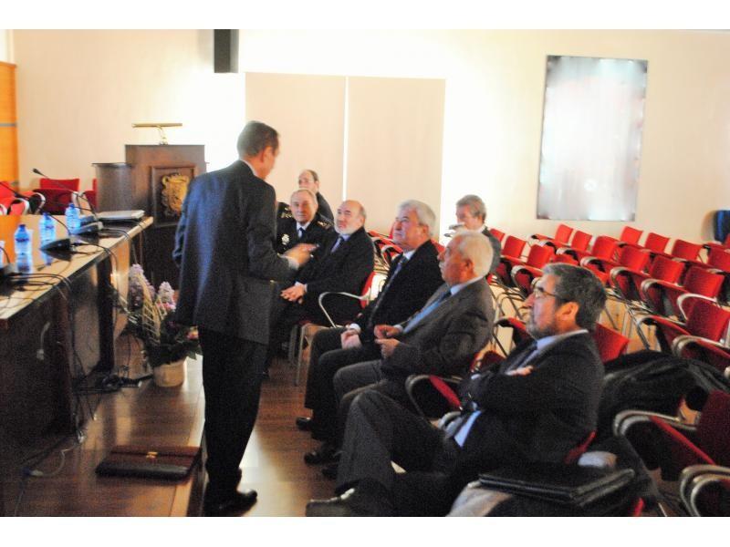 El ministerio del interior presenta el proyecto de la for Ministerio del interior comisarias