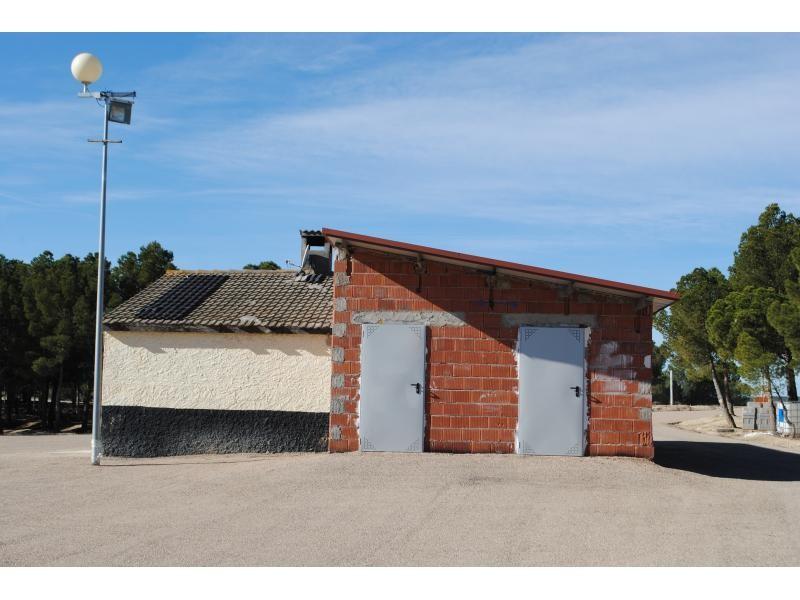 M s instalaciones y servicios en el circuito de motocross - Hotel castillo de ayud ...