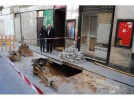 La empresa concesionaria de aguas actúa en el socavón de la calle Dicenta