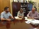 Firmado el convenio de colaboración entre el Ayuntamiento y la Asociación Torre Albarrana
