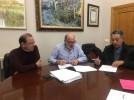 El Ayuntamiento entrega una ayuda al Centro de Día del IASS para apoyar sus actividades anuales