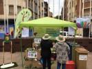 Ganadores del sorteo de un miniglú, en el Día Mundial del Reciclaje