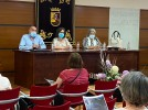 El Ayuntamiento presenta a las familias el protocolo que rige las visitas a la residencia municipal