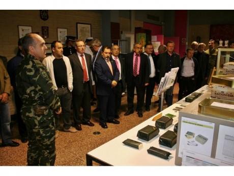 Los alcaldes de la comarca visitan la Academia