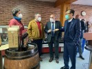 El embajador de Taiwán visita Calatayud interesado en exportar vinos, vermut y fruta confitada