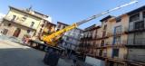 Se desmontan los elementos de riesgo en el edificio que registró un derrumbe en plaza de España
